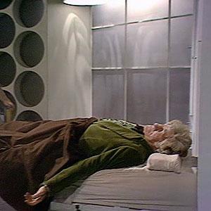 Third Doctors Tardis interior. Console-planet-daleks-2