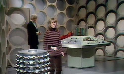 Third Doctors Tardis interior. Interior-jo